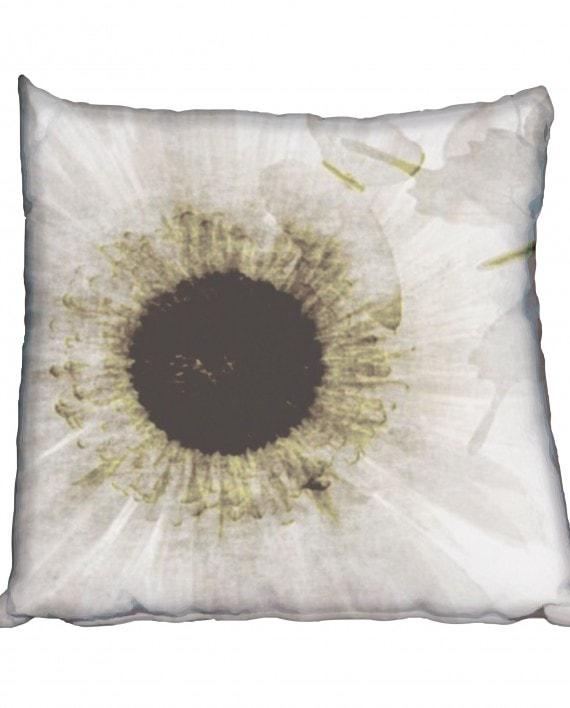 NC005 flower-white-grunge