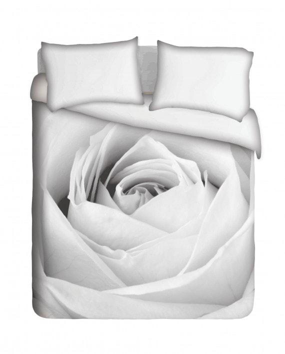 NRB001---Black-&-White-Rose. BEDjpg