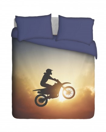 SMCB020---Silhoutte-of-MC-biker-bed