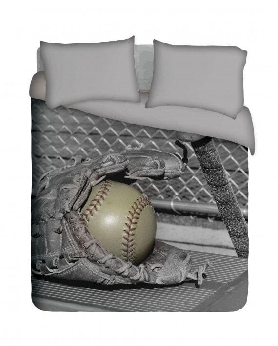 SSB008BW-Softball,-Glove-and-bat--bed