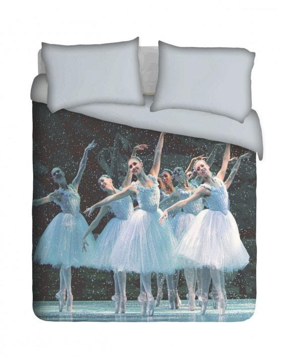 Gracious Ballet Dancers, Duvet Cover, by Imaginate Decor